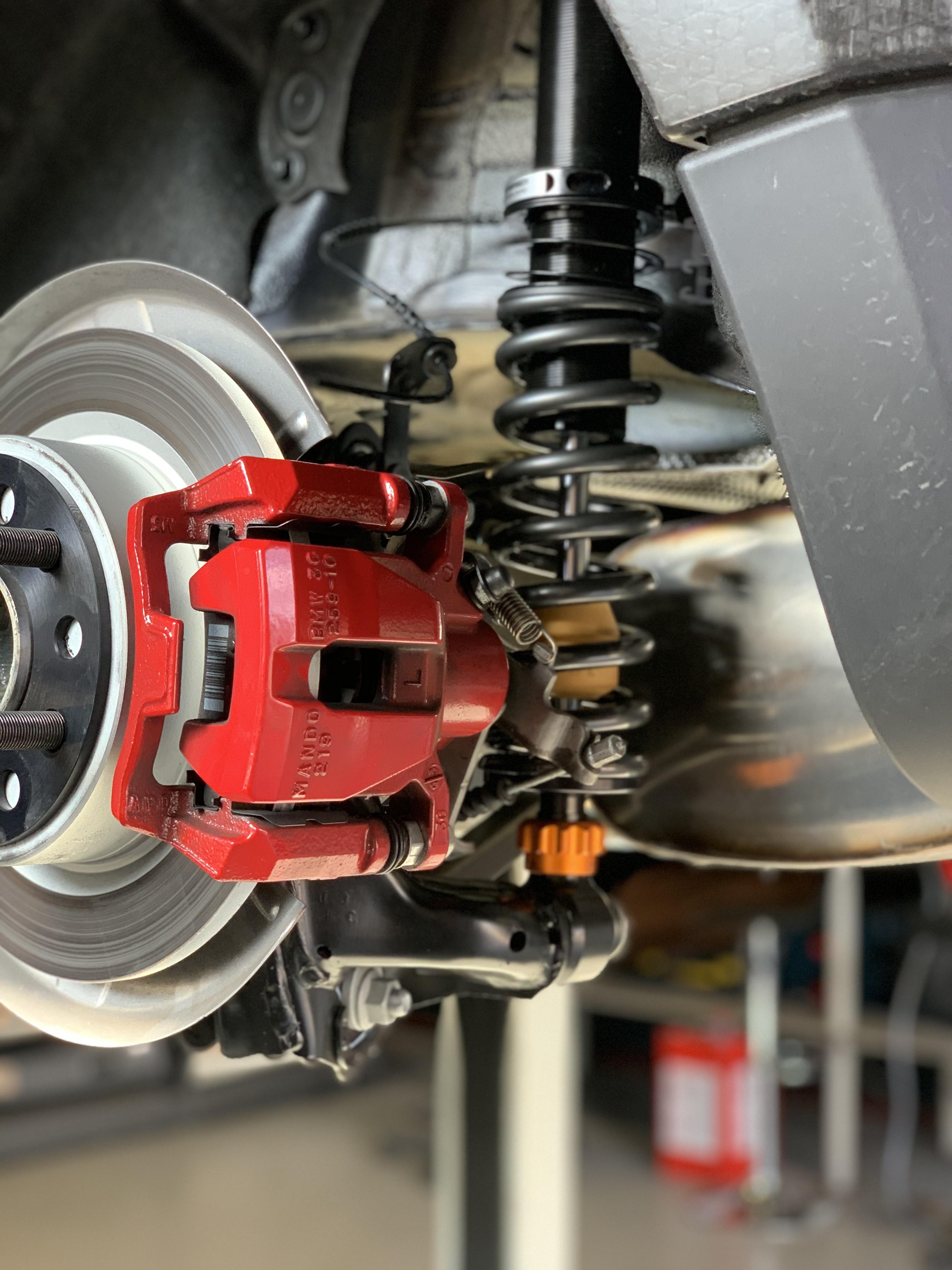 Rear MINI GP3 coilover suspension